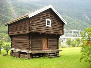 Last Guesthouse building, + the powerstation at Dale, Rjukan - 2010 PJMoe